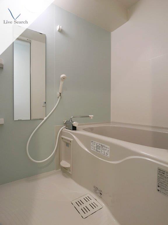 ヴィラハイネス舞鶴3号室_浴室